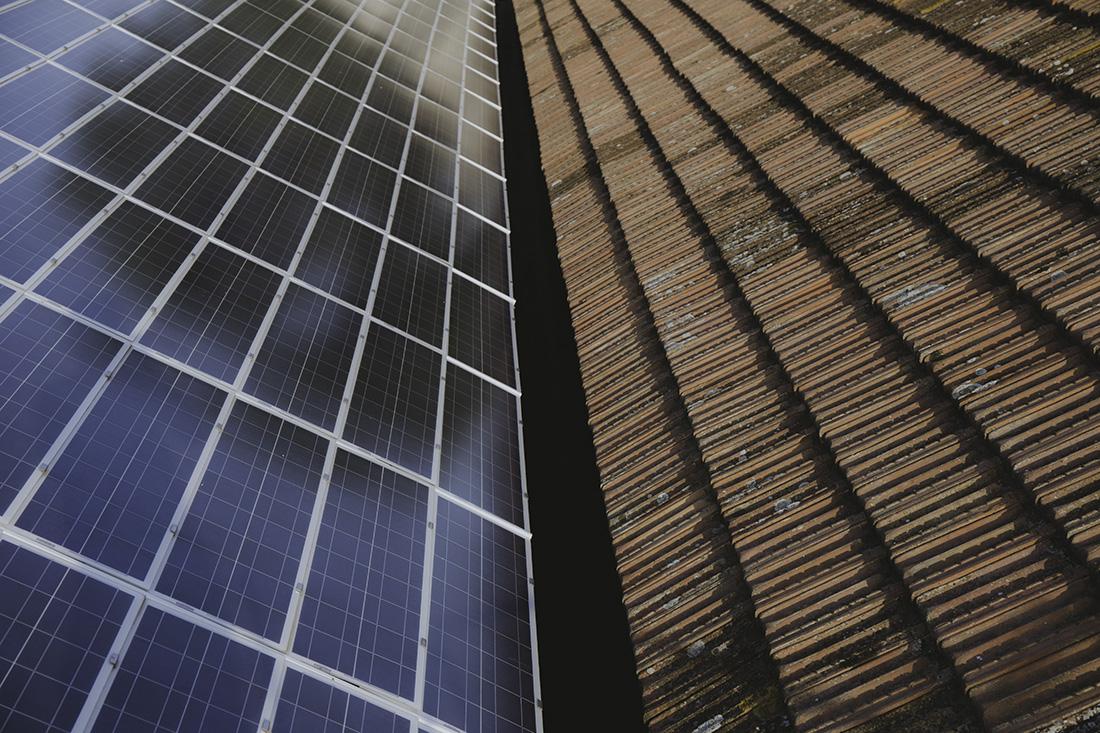 Ecoturismo e vacanza ecosostenibile. Pannelli solari